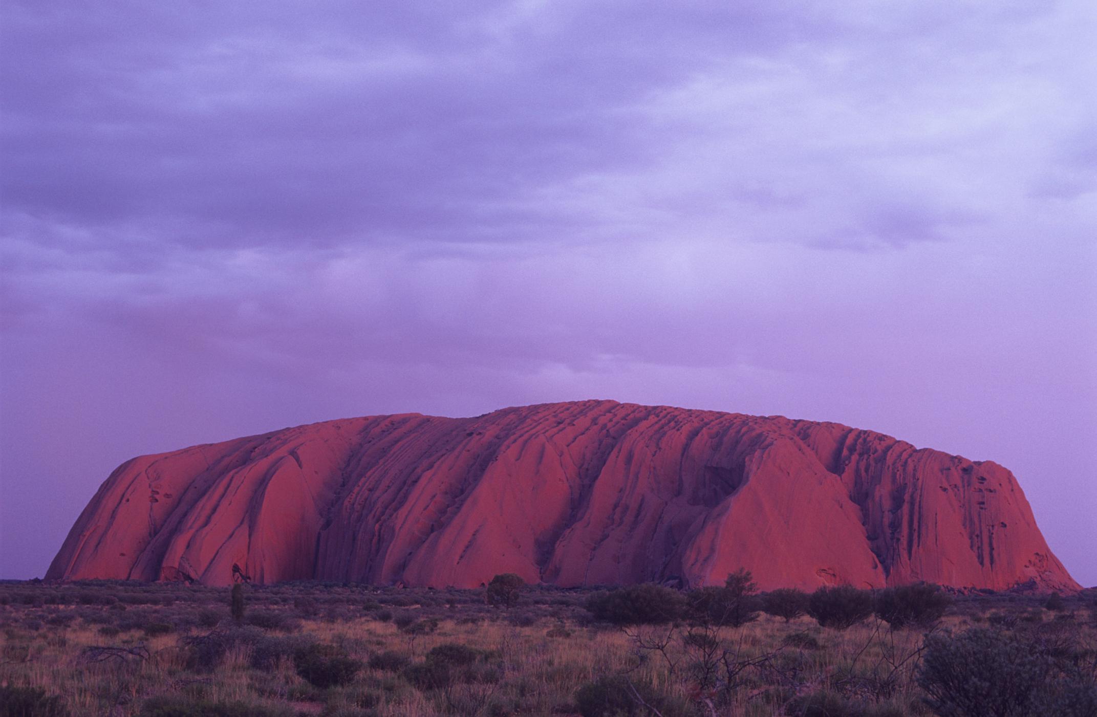 australia uluru sunset thinkstock