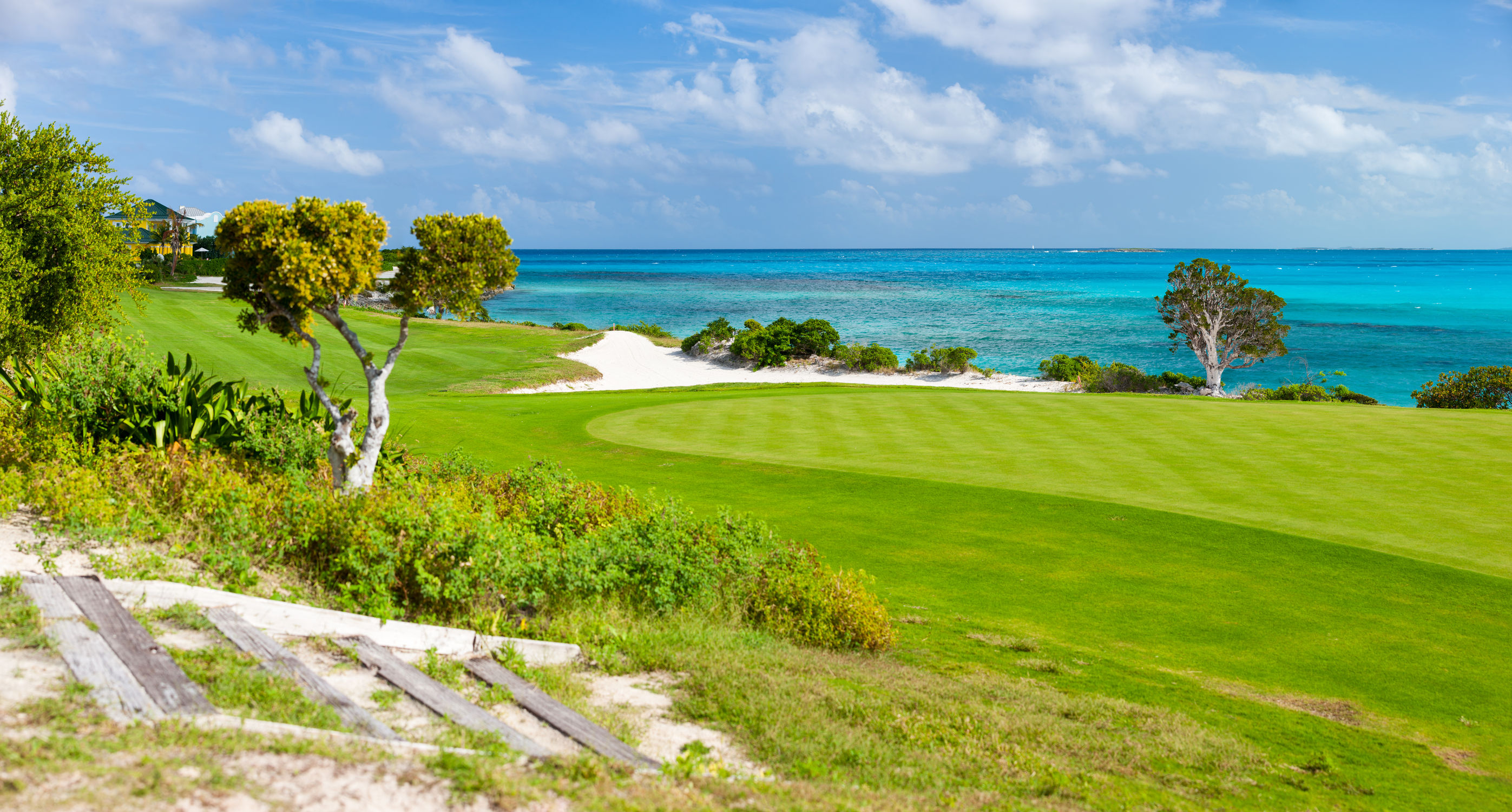 caribbean coastal golf course 123rf