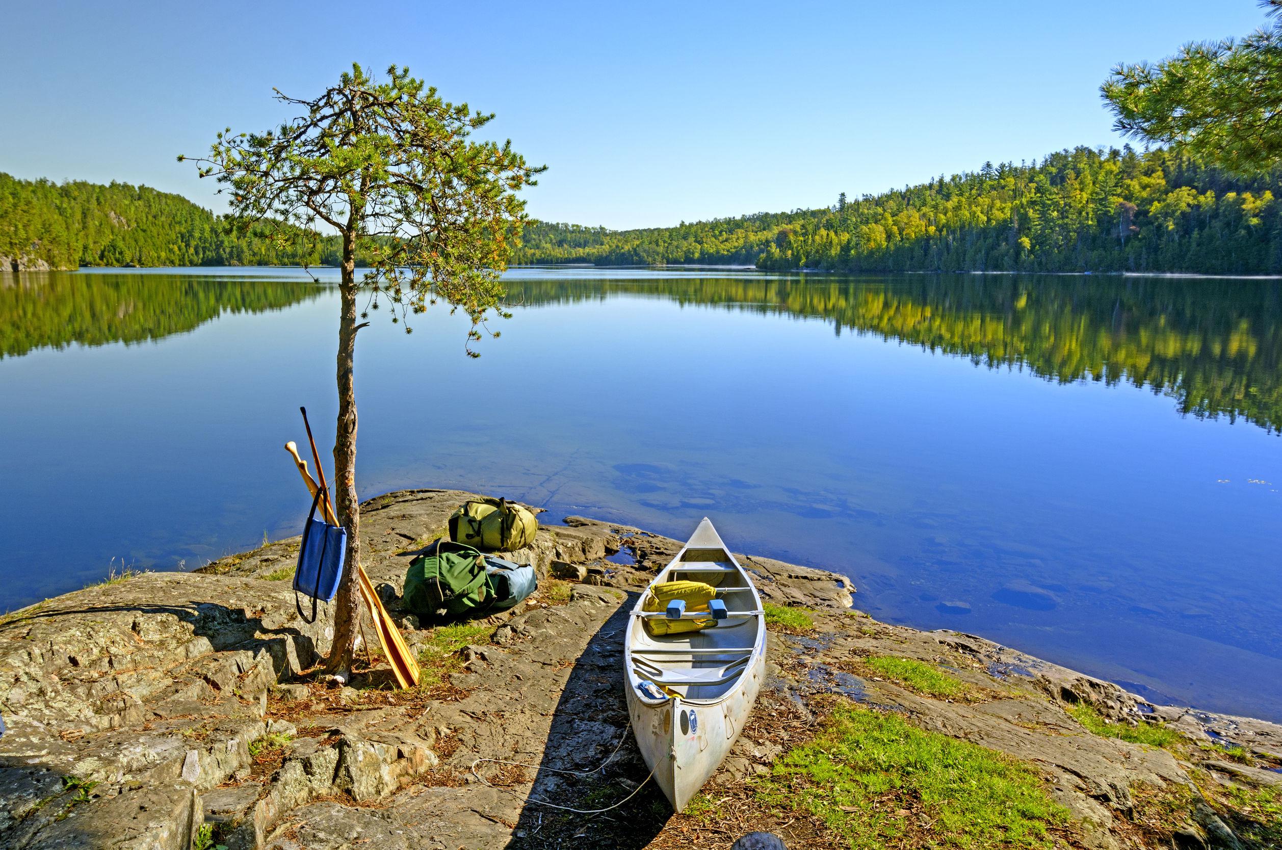 boat-lake-minnesota-usa