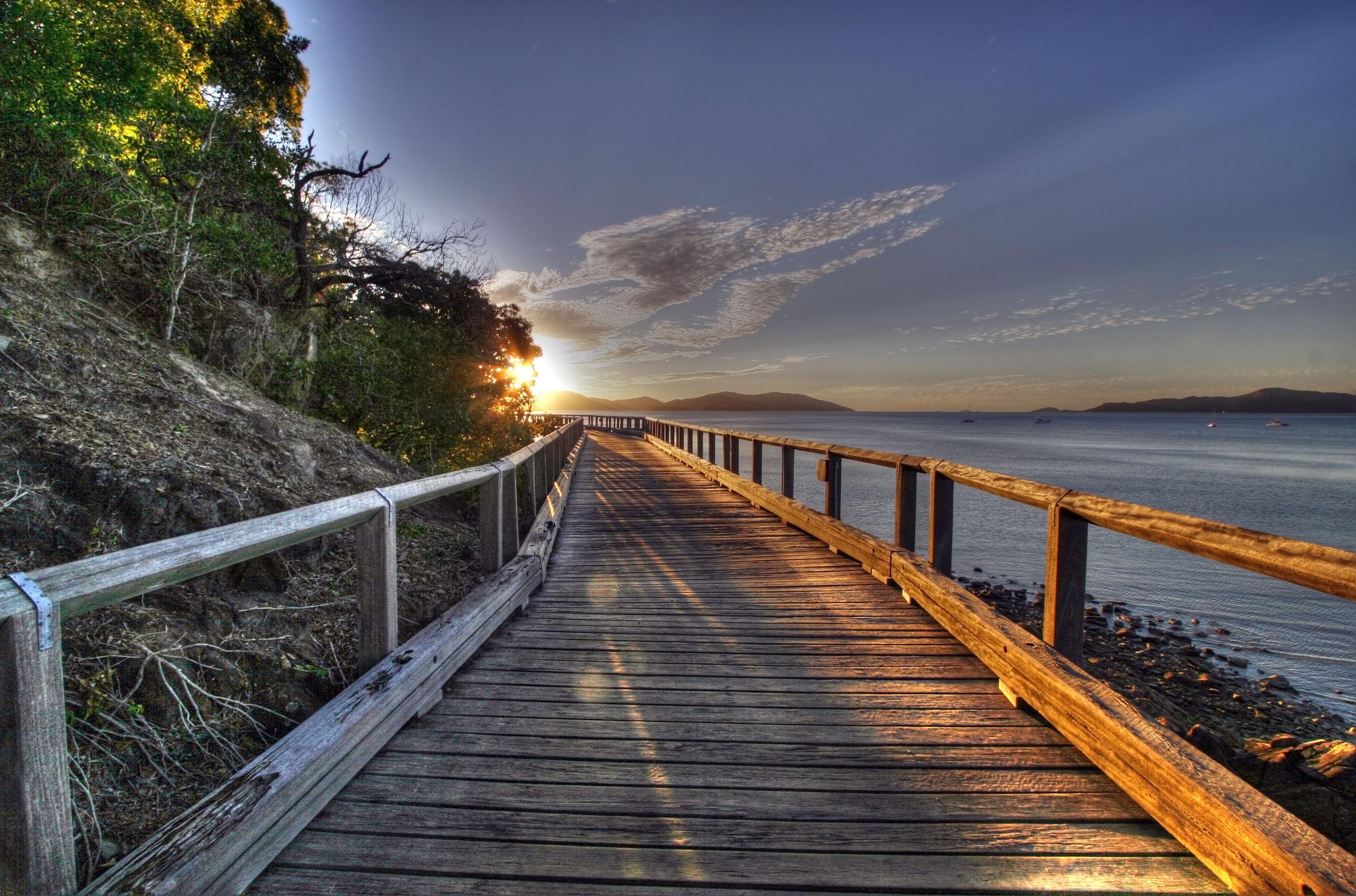 wooden-boardwalk-southern-california