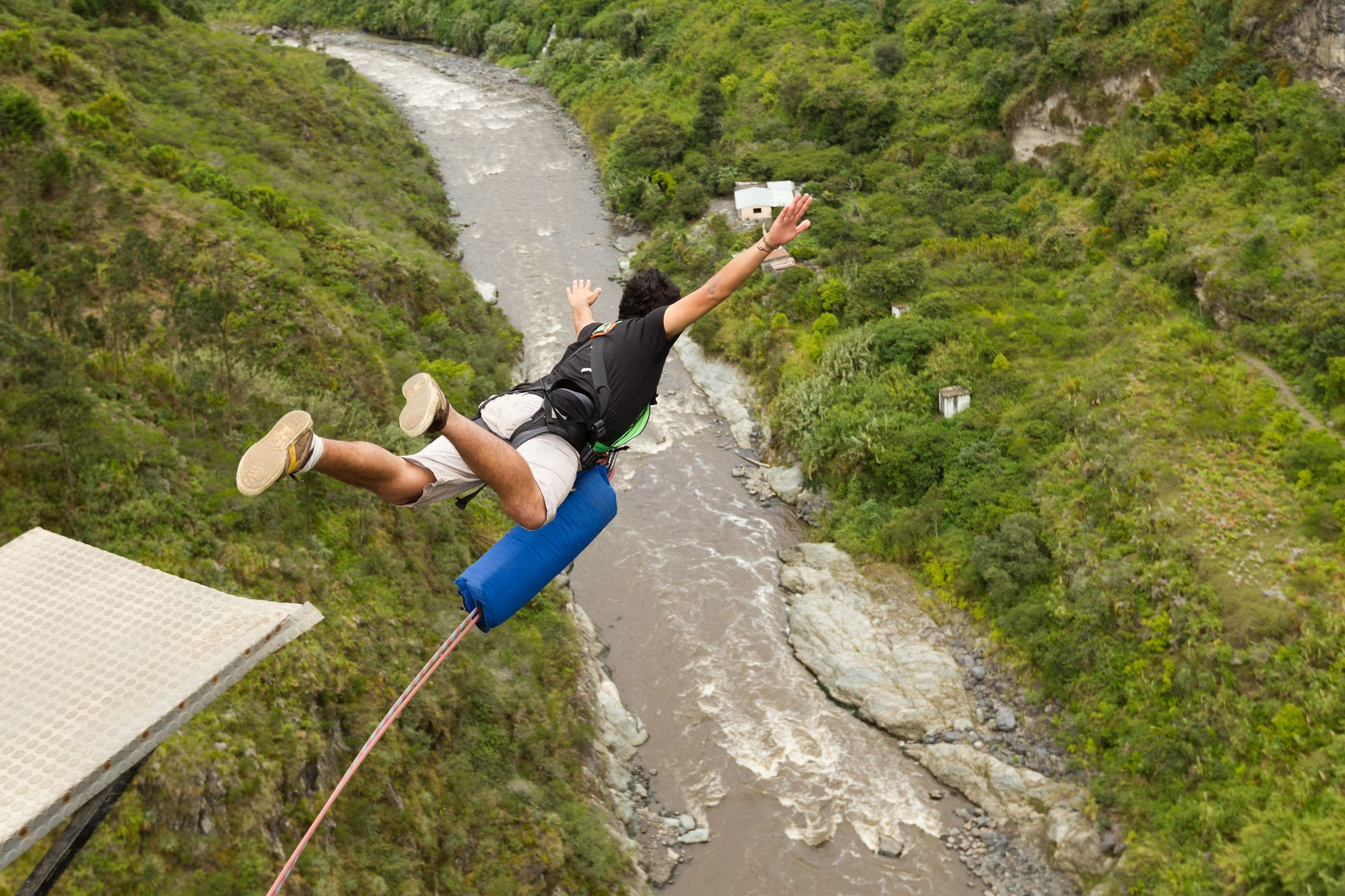 bungee-jumper-new-zealand