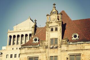 old-building-facade-missouri-usa
