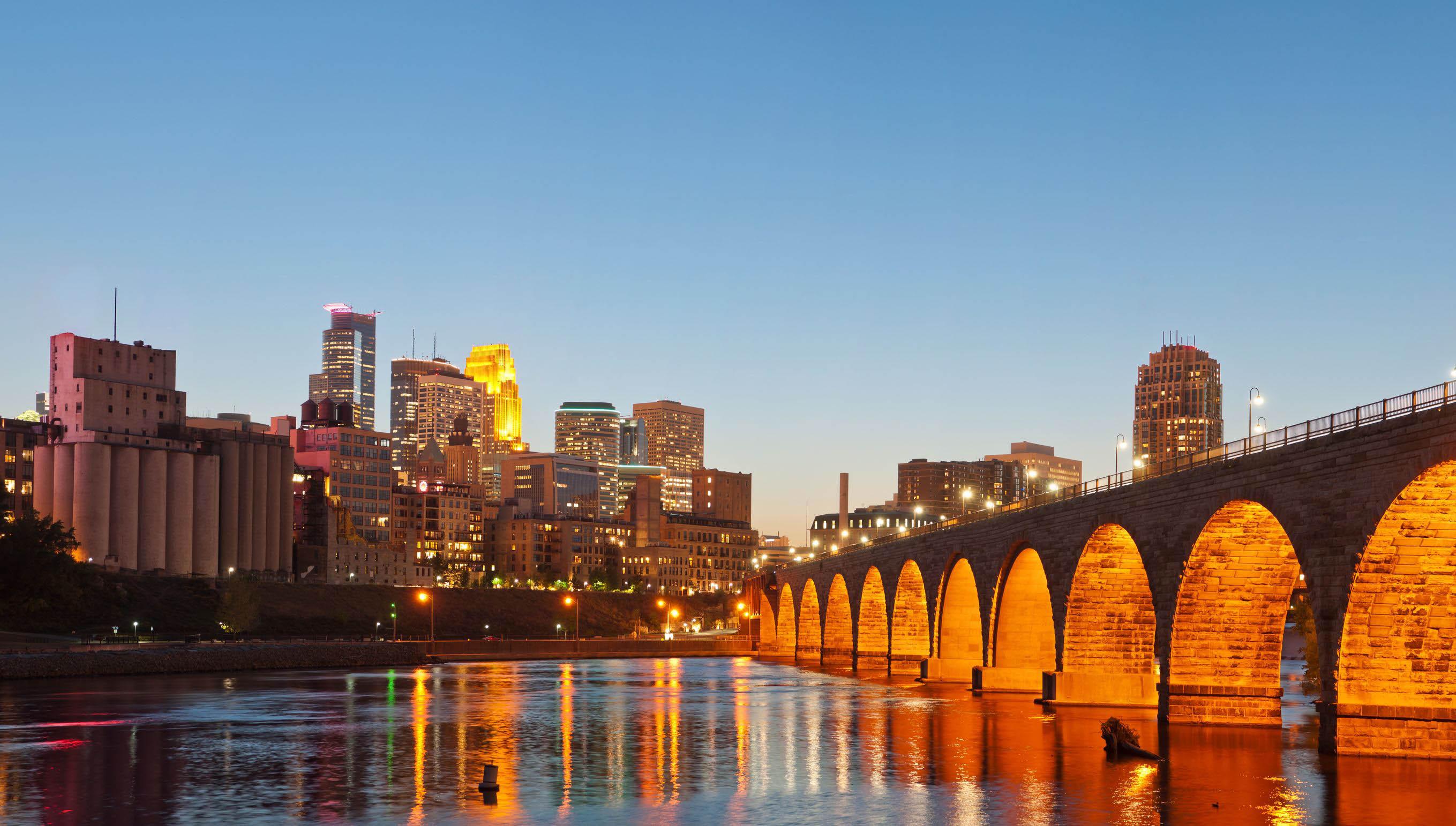 city-bridge-minnesota-usa
