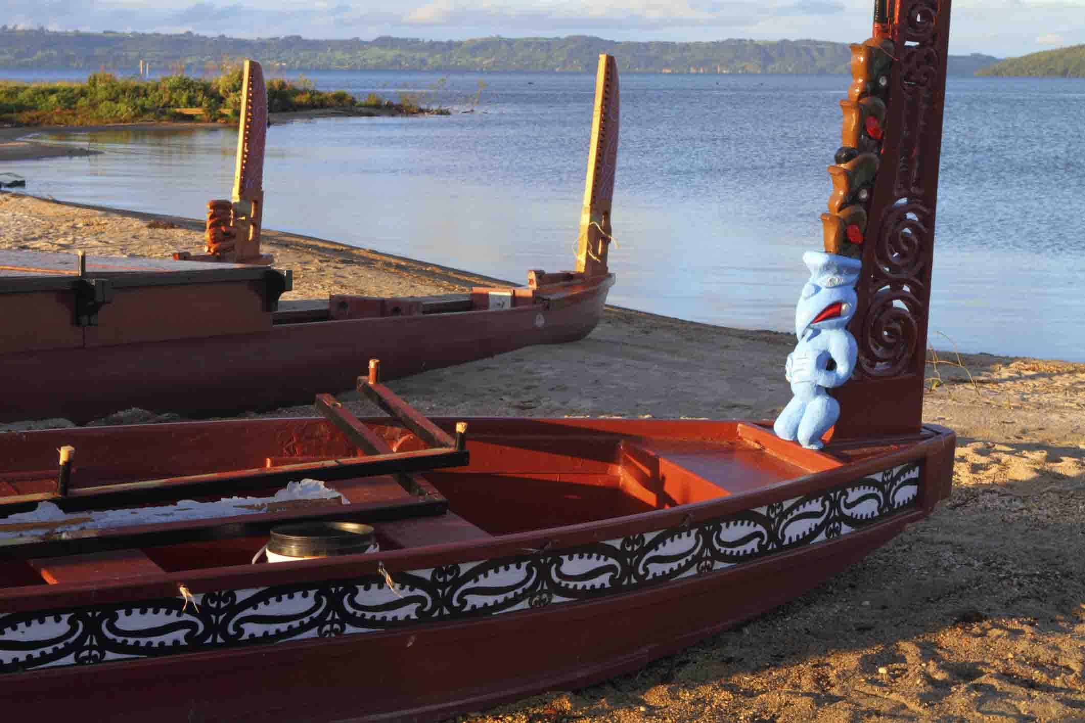 maori-boats-new-zealand