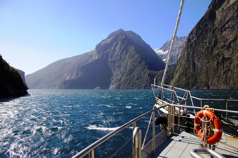 milford-sound-from-boat-in-new-zealand