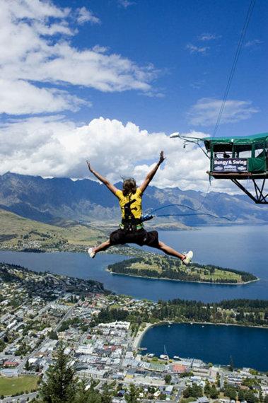 Ledge Swinging in New Zealand