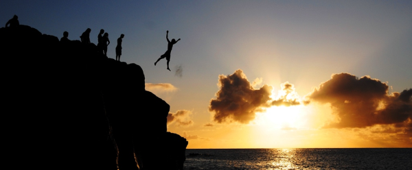 cliff-jumping-in-hawaii-thinkstock