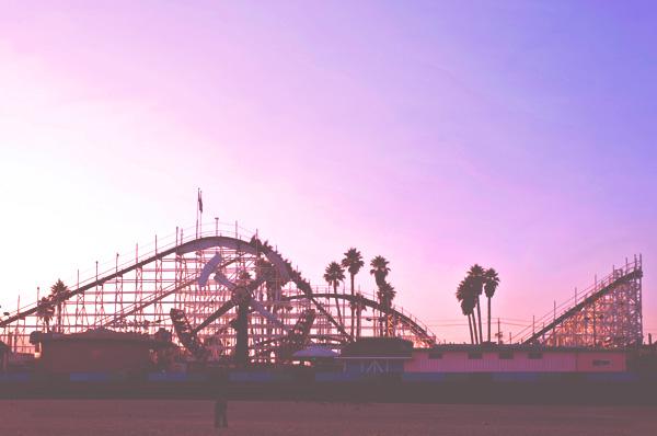 santa-cruz-rollercoaster-thinkstock