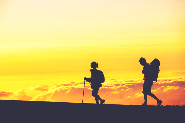 hiking-in-hawaii-clouds-thinkstock