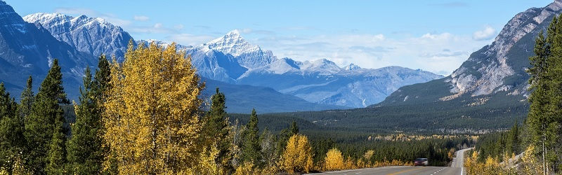 Canada_Mountain_Road_Thinkstock_footer.jpg
