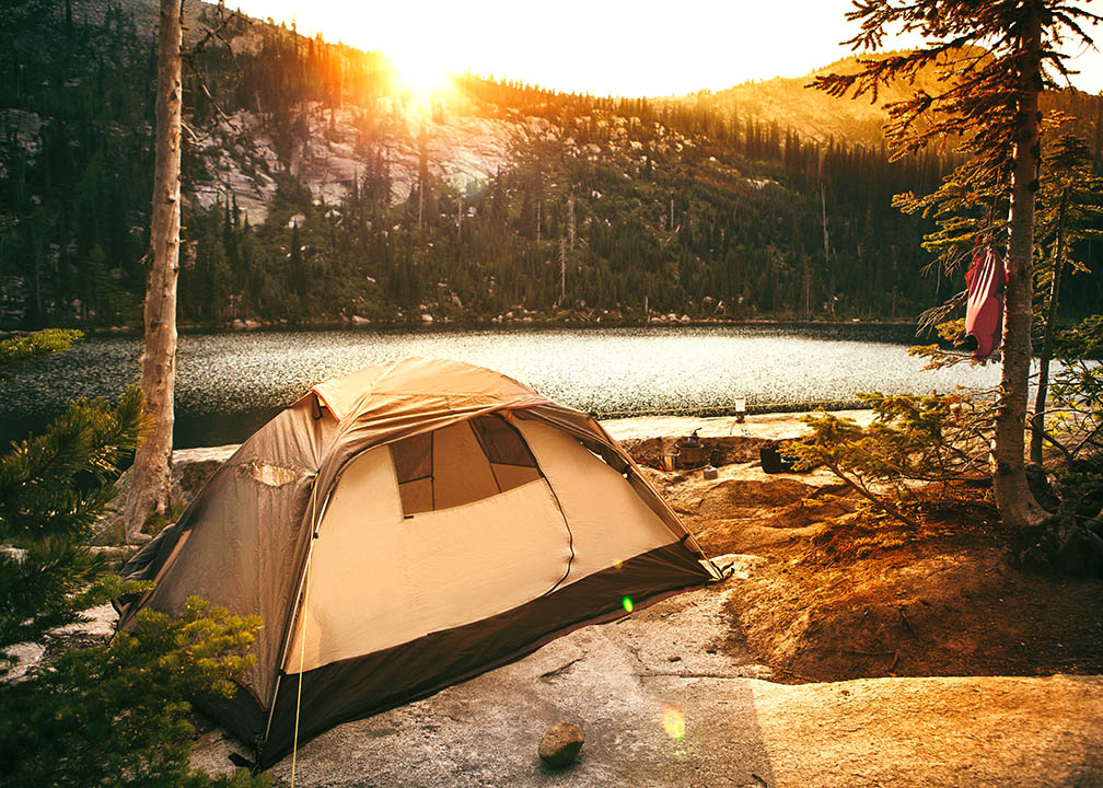 camping_idaho_locum_tenens_istock.jpg