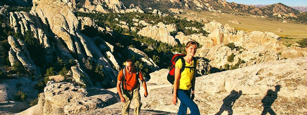 hiking_idaho_locum_tenens_istock.jpg