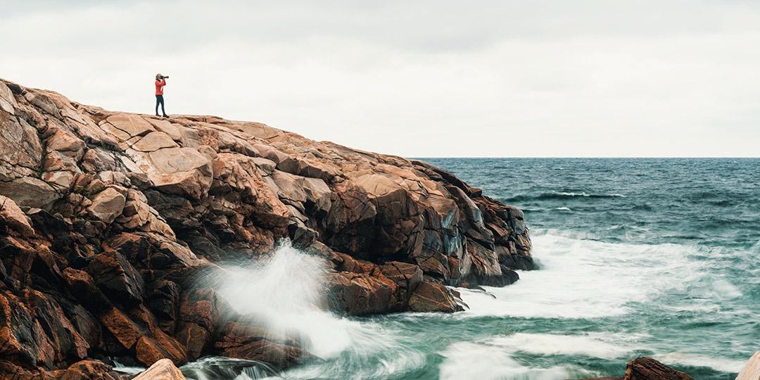 photographer-landscape-ocean-picture-gmedical-istock.jpg
