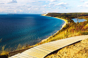 sleeping_bear_dunes_1_gmedical_istock.jpg