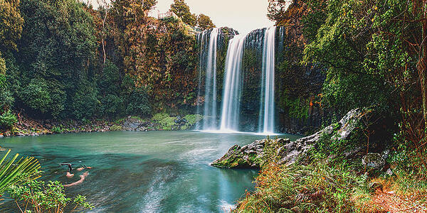 waterfall-practicing-medicine-in-new-zealand-gmedical-thinkstock.jpg